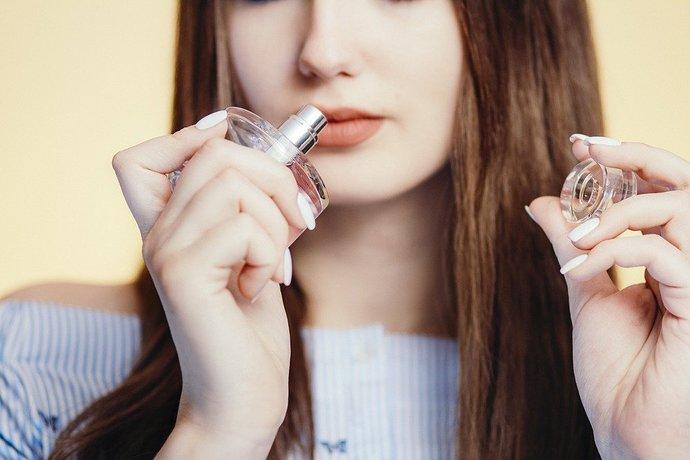 139-tingkatan-aroma-dalam-parfum.jpg