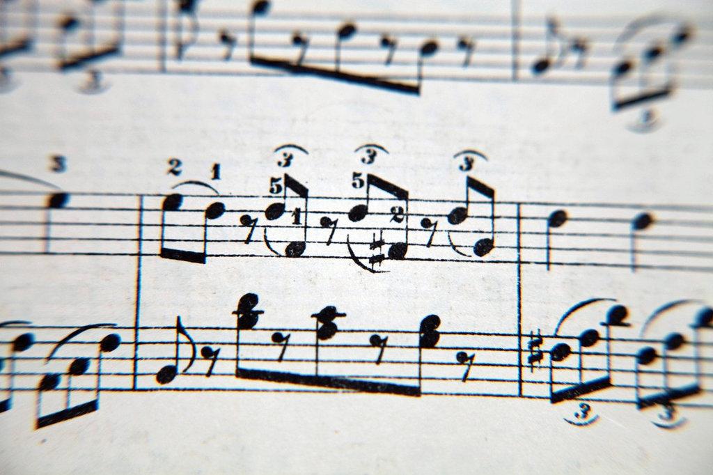 Apa yang dimaksud dengan tekstur monofonis musik? - Seni ...