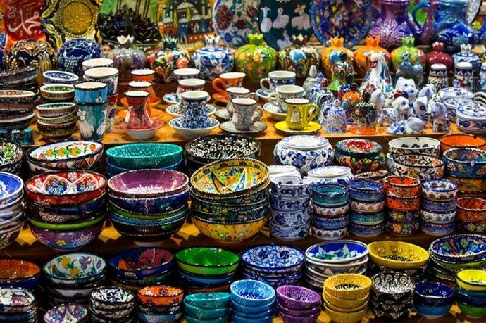 Produk-Keramik-Desain-Rumit-Semakin-Bernilai-Harganya