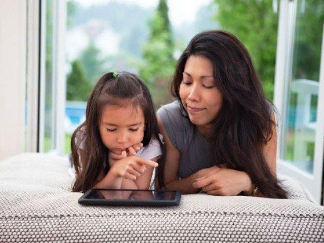 Orangtua dan Pendidikan Anak, Ditengah Gempuran Internet dan Media Sosial