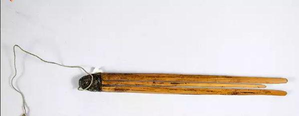 alat-musik-tradisional-yang-ditiup-kecapi-mulut