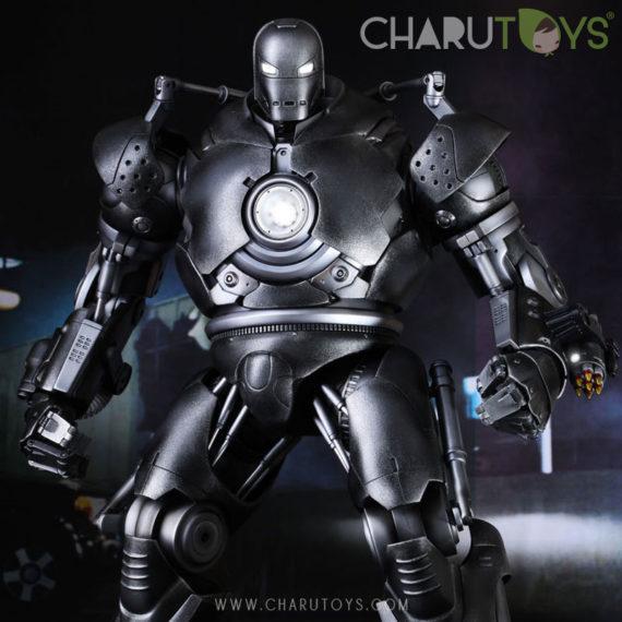 hot-toys-iron-monger-570x570