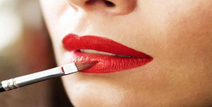Bagaimana tips memilih lipstik matte?