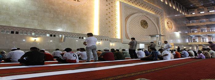 Bagaimana batasan aurat laki-laki menurut islam? - Agama