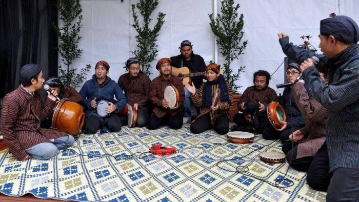 Apa saja bentuk penampilan musik rebana dari budaya yang ada saat ini?