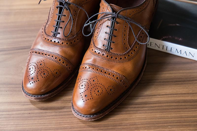 mens-half-brogue-shoe-brown-walnut-leather-allen-edmonds-strand-1
