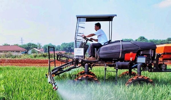 Program-Infrastruktur-dan-Mekanisasi-Pertanian-Cegah-Migrasi-Profesi-Petani-doc.Kementan-ivoox.id_