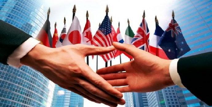 diplomasi