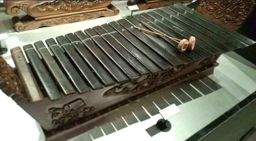 Bagaimana Cara Memainkan Alat Musik Tradisional Gambang Seni Musik Dictio Community