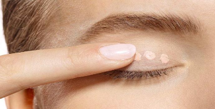 cara memilih eyeshadow base