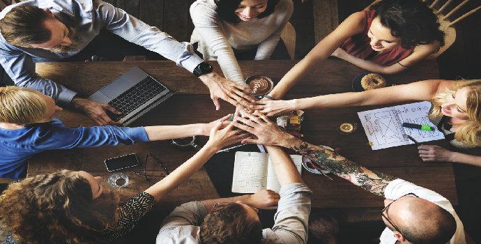 Apa yang dimaskud dengan kerjasama tim (teamwork) ?