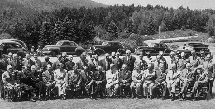 Apa yang dimaksud dengan The Bretton Woods Project?