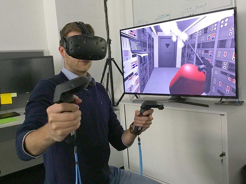 Bagaimana pengaruh perkembangan Virtual Reality dalam aspek kehidupan? -  Diskusi Komputer - Dictio Community