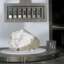 220px-Apollo_15_Genesis_Rock
