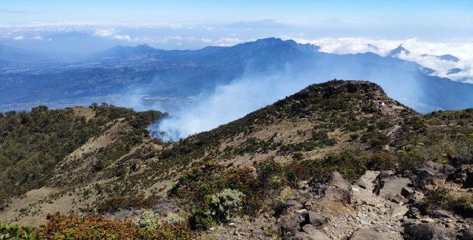 mendaki Gunung Arjuno dan Welirang melalui Tretes