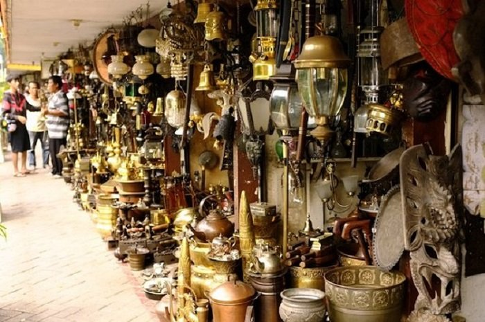 berburu-barang-antik-di-jalan-surabaya-jakarta-1oIIdBp5fw