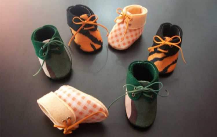 Hasil gambar untuk sepatu bayi dari kain flanel