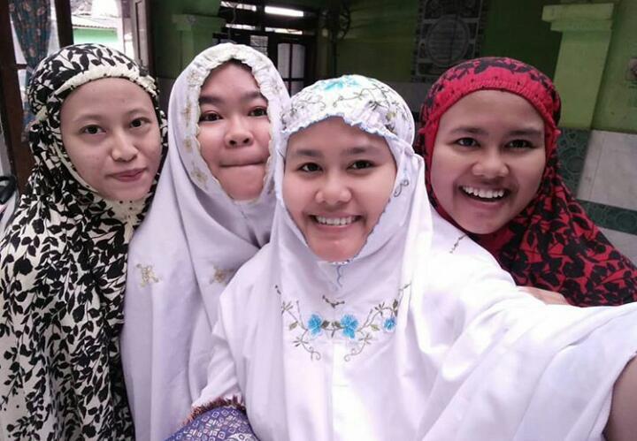 Sinergi Al Quran dan Keluarga dalam Penanaman Akhlak Terpuji Pada Masa Pandemi