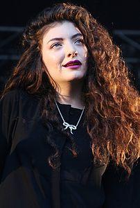 Lorde_Laneway_7_(cropped)