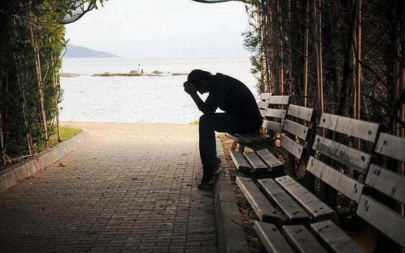 inilah-5-tahapan-kesedihan-yang-harus-dilalui-ketika-kehilangan-orang-tercinta-Ziq05YS6Kj