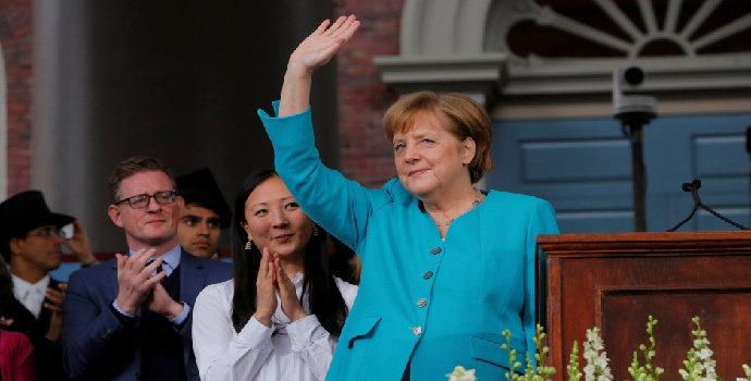 Siapakah Angela Merkel ?