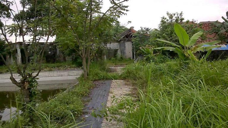 Kolam Renang Sigandaru Serang - Misteri - Dictio Community