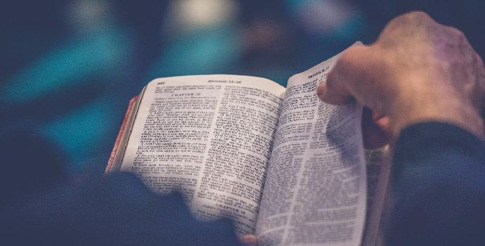 kitab agama