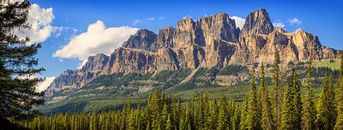 Gunung-gunung pasak bumi