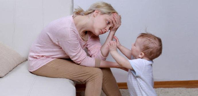 perbedaan baby blues dan post partum depression