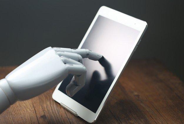 ai-robotic-operations-tablet_1387-666