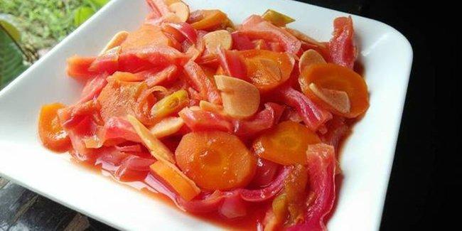 resep-cara-membuat-tumis-kulit-buah-naga-wortel
