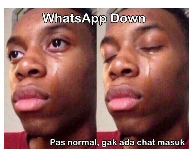 698885-meme-whatsapp-down-