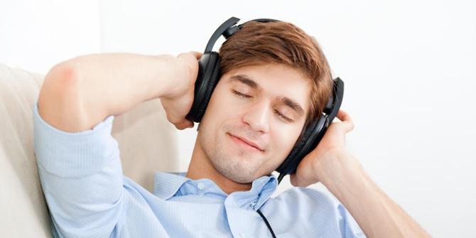 mendengarkan-musik-klasik