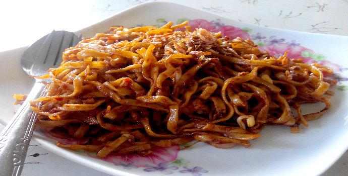 Bagaimana cara membuat Mie Sagu Goreng?