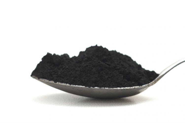 Apa Bahaya Dari Penggunaan Charcoal Powder Bagi Kesehatan Gigi