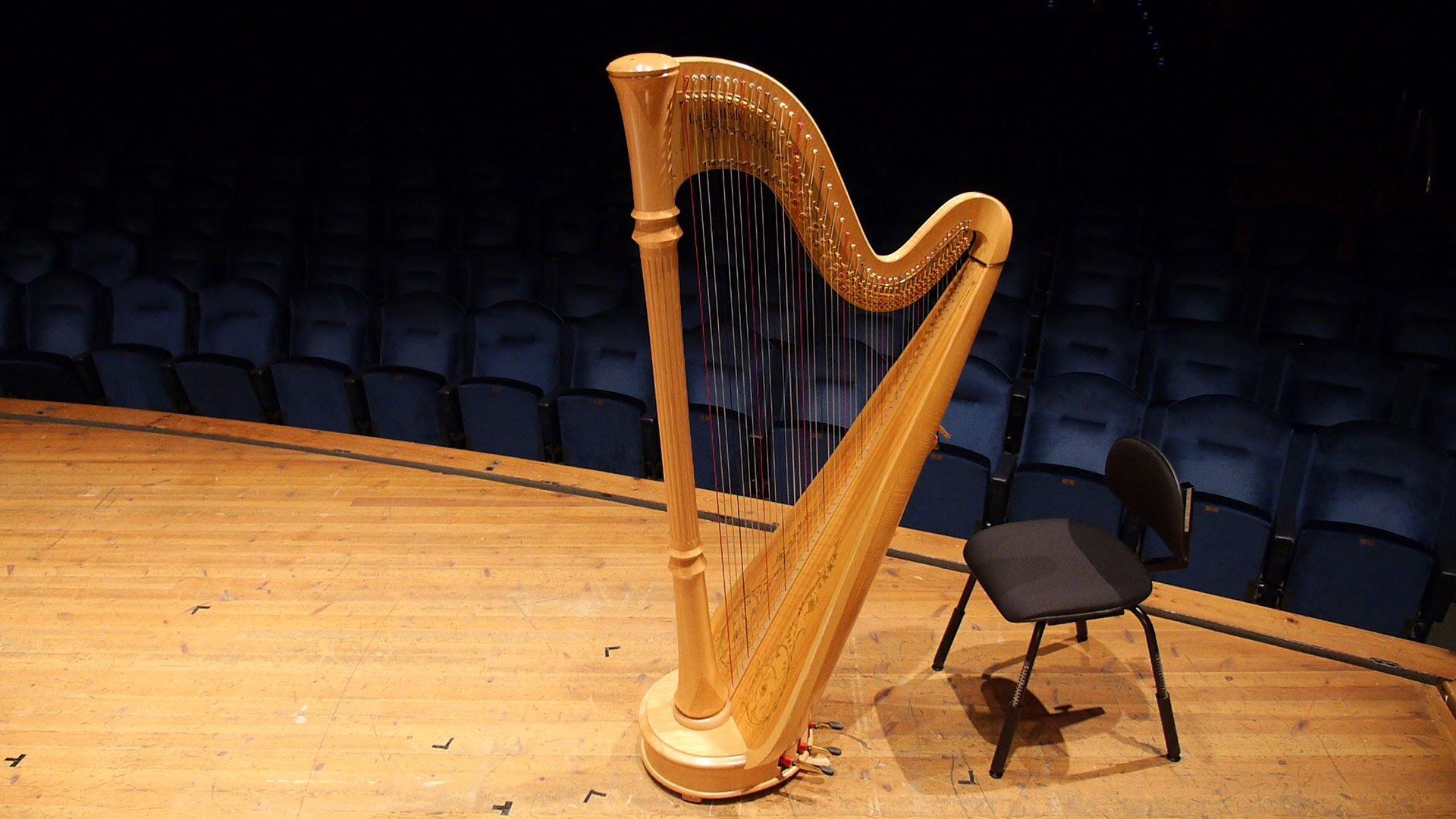 alat musik harpa