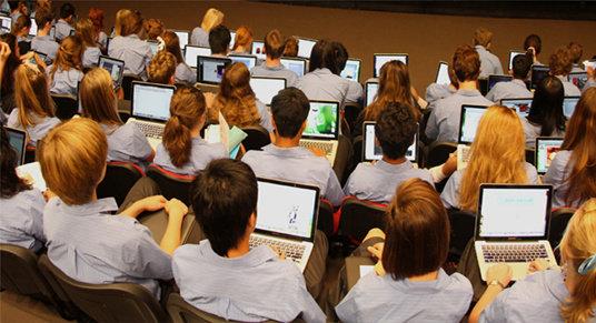 Manfaat Teknologi Dibidang Pendidikan