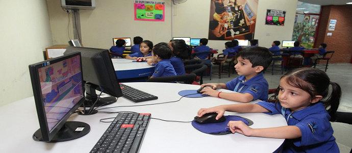 pendidikan berbasis tekonoligi informasi