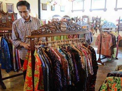 Belanja Batik