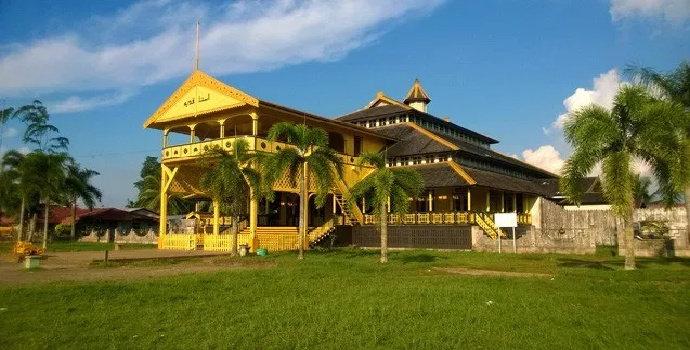 Makam Kesultanan Batulayang