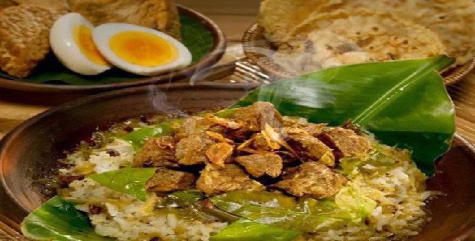 Apa makanan khas dari Semarang?